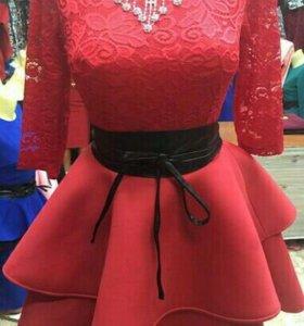 Новое платье 44 размера
