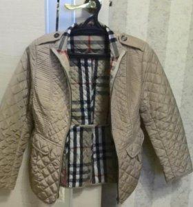 Легкая куртка (ветровка)