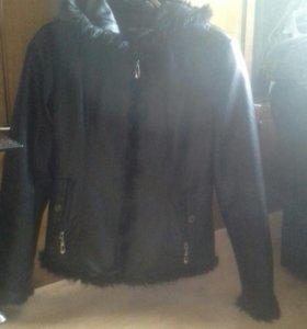 Осенняя кожанная куртка