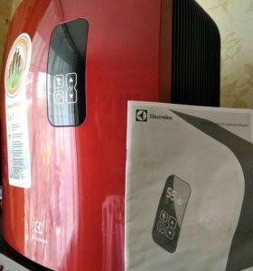 Отличная мойка воздуха Electrolux ehaw-7525D