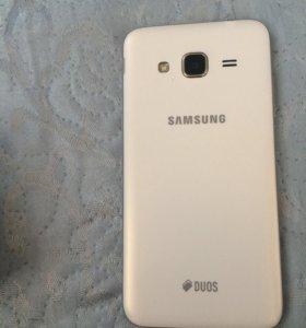 Samsung Гэлакси Джи три