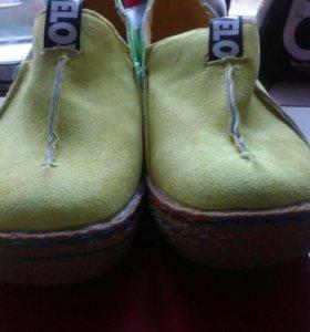Ботинки новые ( замша )