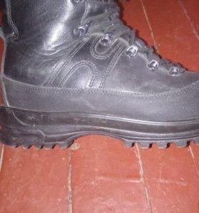 Ботинки военные зимние 43
