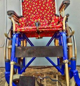 Кресло-коляска складное для детей