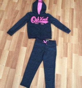 Спортивный костюм Osh kosh 4-5 лет