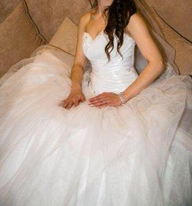 Шикарное свадебное платье 👗 🌺