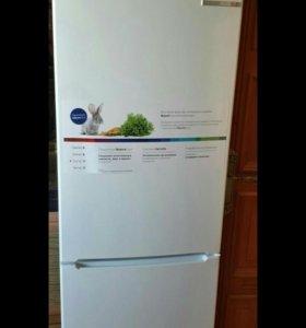 Холодильник Bosch KGV36XW2