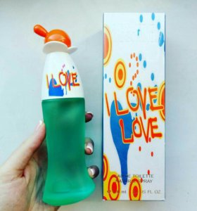 Moschino Cheap and Chic I Love Love 100 ml