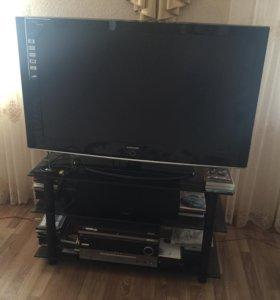Продам телевизор в отличном состоянии.