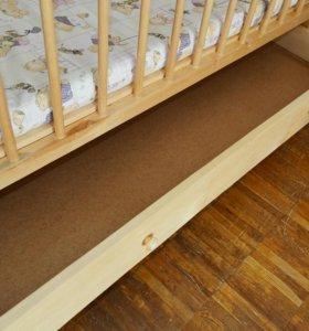 Детская кровать-качалка с матрасом