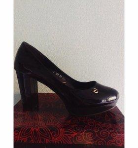 Туфли 39 размер новые НЕ Б/У