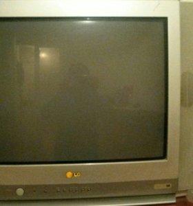 Телевизор LG golden Eye, модель : СТ-21Т30КЕплат