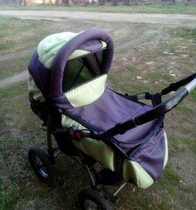 Продам коляску - трансформер с сумкой переноской