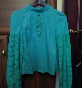 Женская блузка.