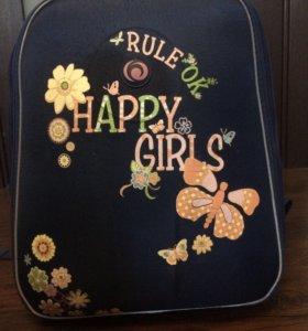 Школьный - рюкзак .