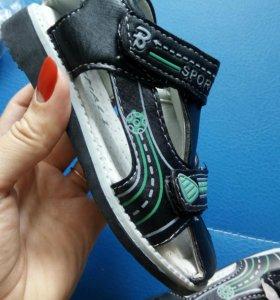 Новые сандалики!!