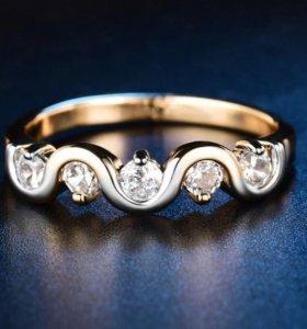 Кольцо с фианитами 16-16,5 размер. Новая бижутерия