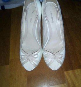 Свадебные туфли 39