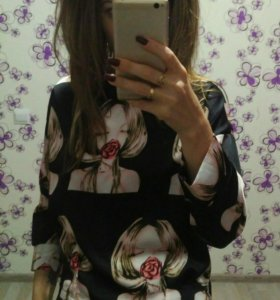 Блузка новая М