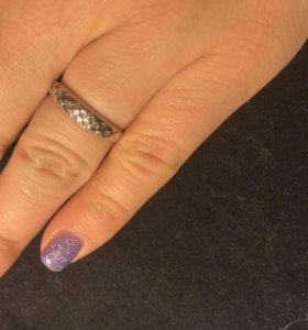 Серебряное кольцо 17 р-р