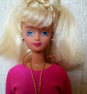 Куколка из 90-х В оригинальной одежде