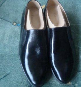 Туфли офицерские лакированные новые