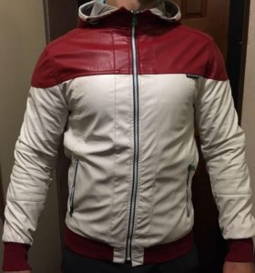 Срочно продам Куртку, ветровка
