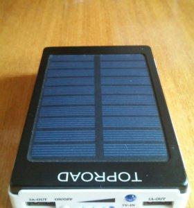 Зарядник с солнечной батареей