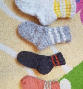 Вязаные носочки Талнах