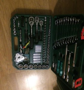 Набор инструментов ключи головки подарок