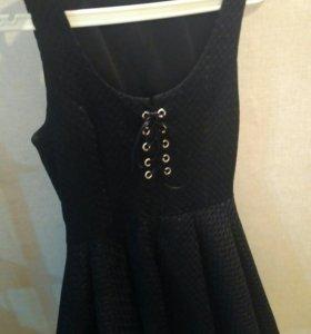 Стильное коктельное платье