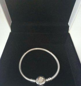Продам новый браслет Пандора (серебро+золото)