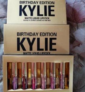 Помады матовые Kylie