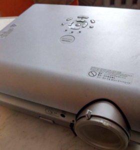 проектор тошиба TDP S35