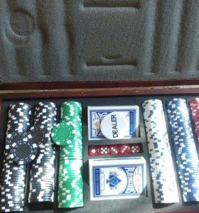 Покер в деревянном кейсе
