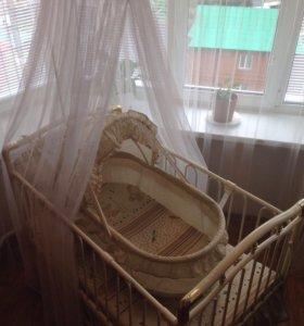 Продам детскую кроватку Geoby