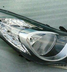Hyundai Elantra 5 Avante фара левая правая 2010-13