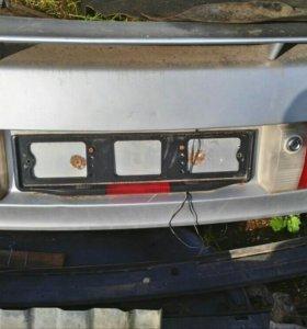 Крышка багажника Ауди б3