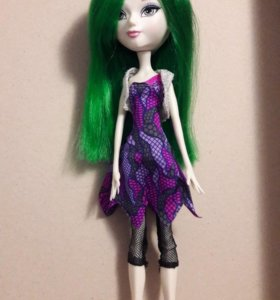 Куклы Братц, Мистикс вампаер.