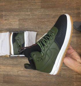 Nike Force 1 Duckboot