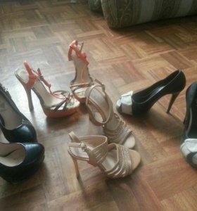 Продам 4 пары туфель