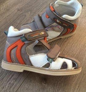 Ортопедические сандалии Тwiki