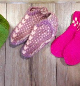 Новые вязаные детские носочки