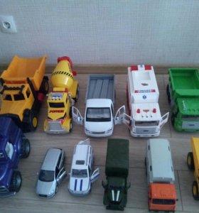 Продам машинки игрушки