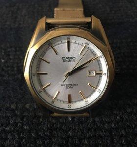 Часы наручные фирмы Casio