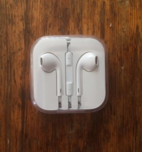 Оригинальные наушники iPhone