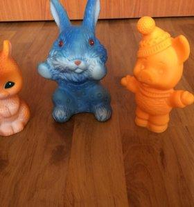 Резиновые игрушки Советских времён.