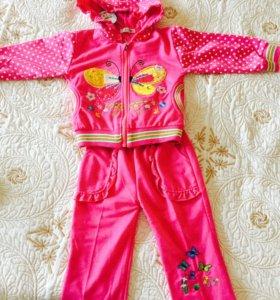 Продам новый костюм!Для девочек 2-3 лет!