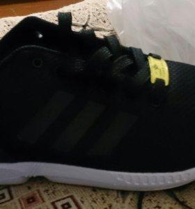 Кросовки Adidas Flux 3000рб