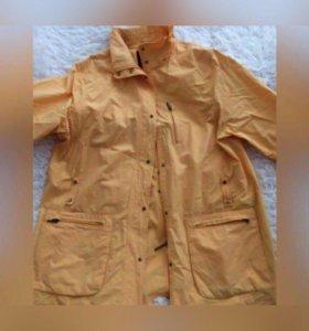 Куртка на женщину